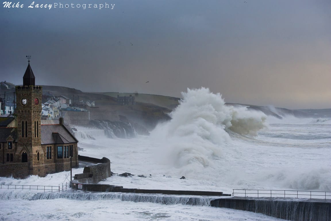 Waves Surf Art Gallery Porthleven Mike Lacey